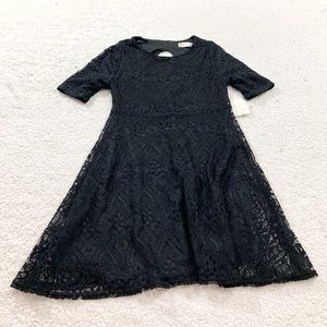 Altard state black lace open back holiday dress